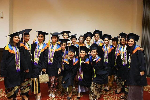 sekolah pramugari pspp wisuda 2019