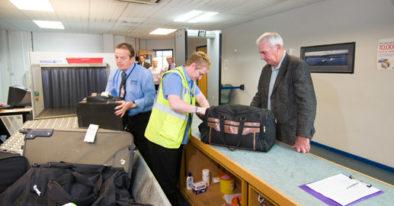 Apa yang Sebaiknya Tidak Dipakai Saat Pemeriksaan Kemanan di Bandara